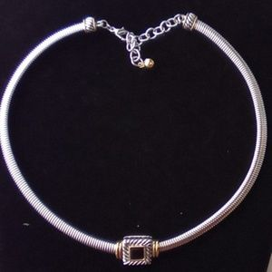 Cute Silver Fashion Statement Necklace.